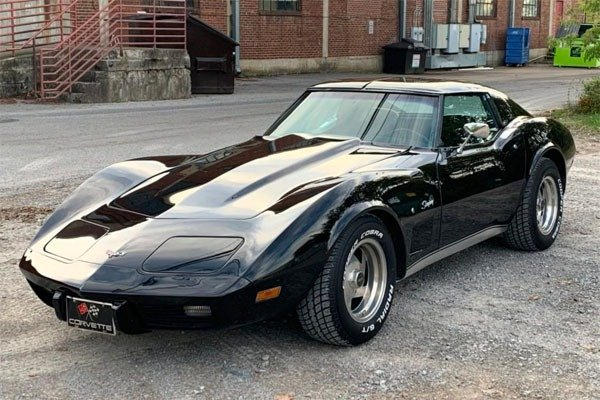 Dino Melaye 1977 Corvette