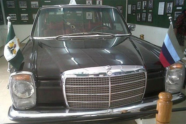 A Nigerian President Was Killed In This Mercedes Benz