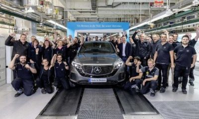 daimlers-mercedes-benz-rewards-employees-bonus