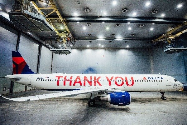 delta-airlines-profit-sharing-thank-you-plane