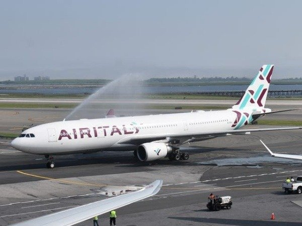 italian-airline-air-italy-ends-operations-liquidate