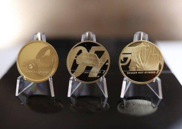 gold-coin-james-bond-aston-martin-db5