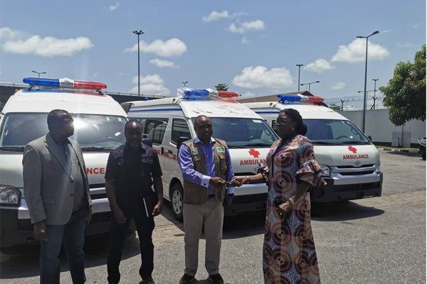 See The Ambulances Dangote Donated To Fight Covid-19
