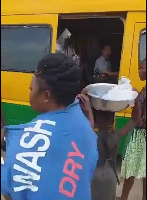 coronavirus-forces-ghanaians-to-flee-bus-2-chinese-onboard