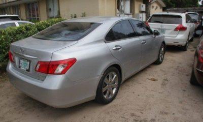 efcc-seize-luxury-cars-yahoo-boys-fraudsters-lagos