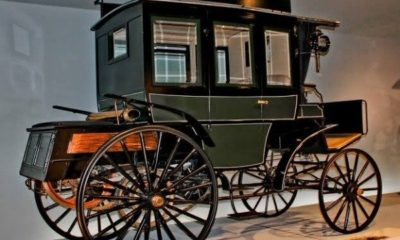 first-internal-combustion-engine-benz-bus