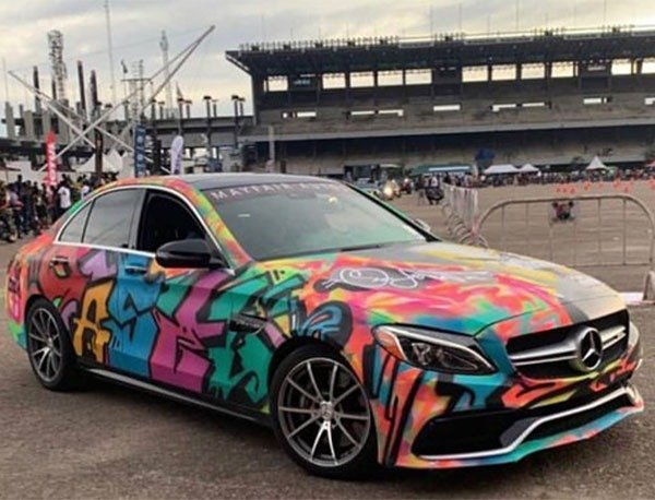 Nigerian Gives A Mercedes-Benz C-Class A Graffiti Paint Job