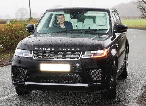 gunna-arrives-training-luxury-cars