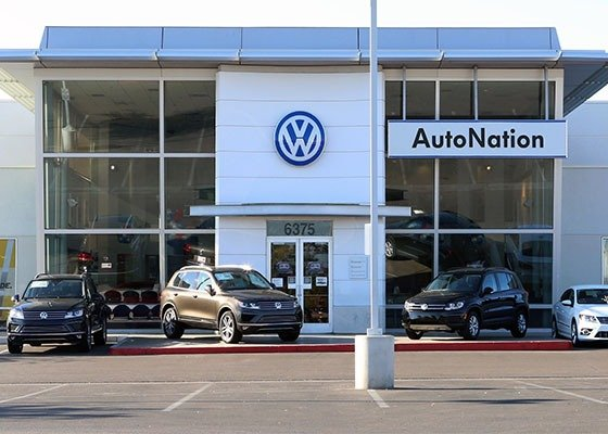Poor Sales Forces America's Largest Auto Dealer To Layoff Nearly 30% Of Its Staff
