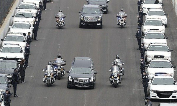 dozens-of-police-cars-excort-hearse-ferrying-slain-police-officer-indianapolis