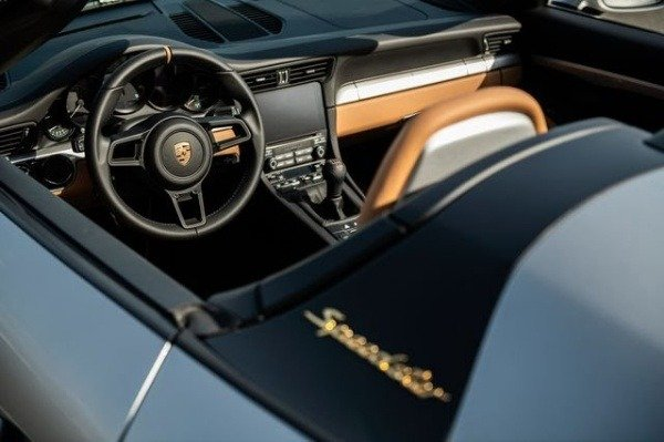 final-2019-porsche-911-speedster-sells-for-500k-raises-1m-auction-coronavirus-relief