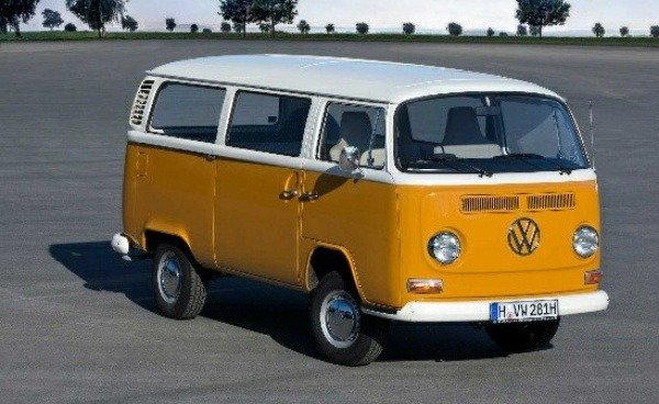 first-vw-transporter-danfo-kombi-vanagon-bus-rolled-off-assembly-lines-70-years-ago