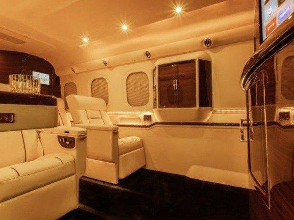 hyper-luxury-bus