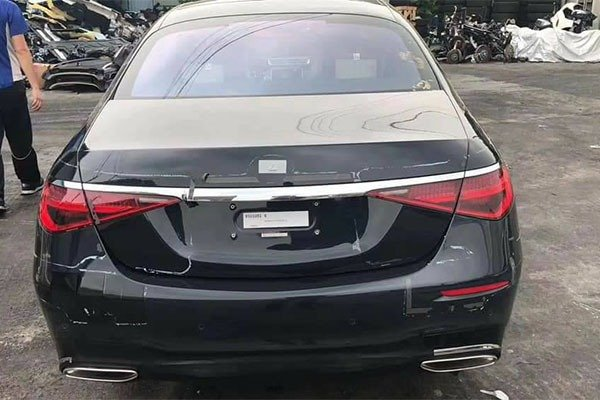 Check Out The 2021 Mercedes-Benz S-Class Spy Shots