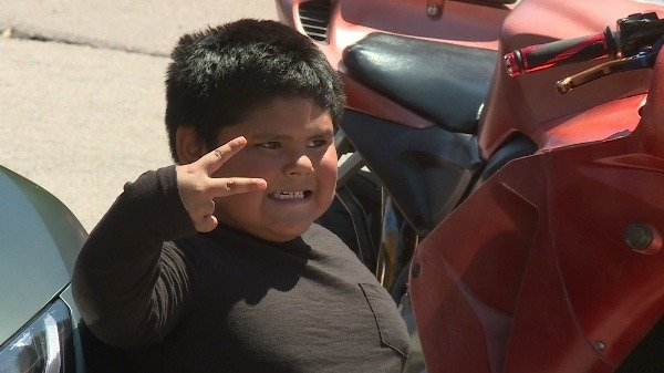 5-year-old-boy-gets-ride-lamborghini