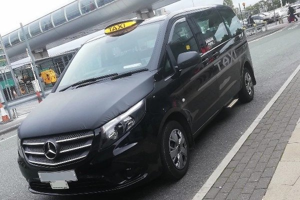 75000-uk-taxi-drivers-sue-mercedes-benz-emissions-cheating-scandal