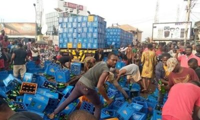 beer-truck-falls-in-anambra-residents-scramble-to-get-free-drinks