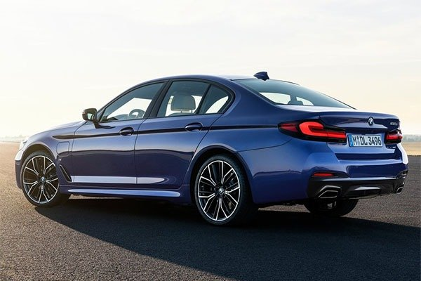 BMW Launches Facelifted 5 Series And 6 Series Grand Turismo For 2021