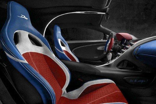 bugatti-divo-customers-delivery