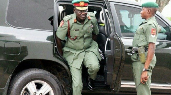 bulletproof-toyota-land-cruiser-suv-the-official-car-of-chief-of-army-staff-buratai