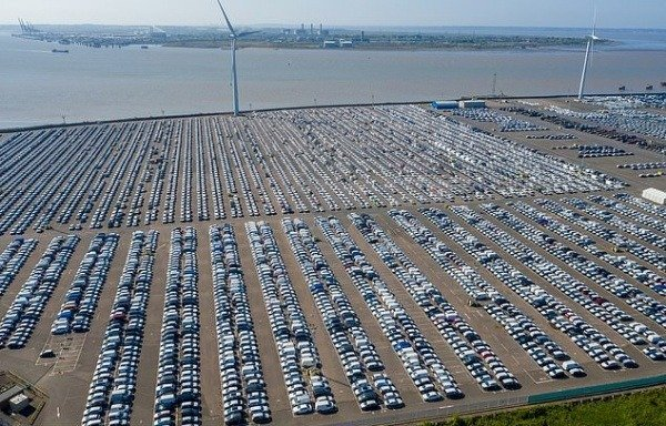 covid-19-thousands-unsold-brand-new-cars-uk-port