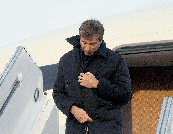 inside-roman-abramovichs-luxury-private-jet
