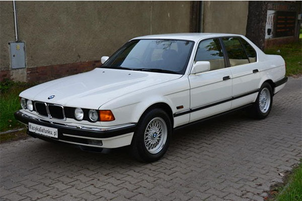 Check Out This Immaculate Conditioned 1992 BMW 7-Series