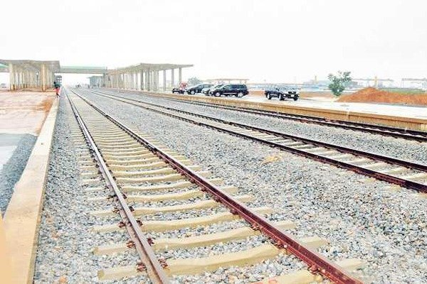 FG Sets To Commence Four New Rail Projects — Amaechi - autojosh