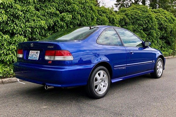 This 2000 Honda Civic Si Has Been Auctioned For More Than ‎₦35m