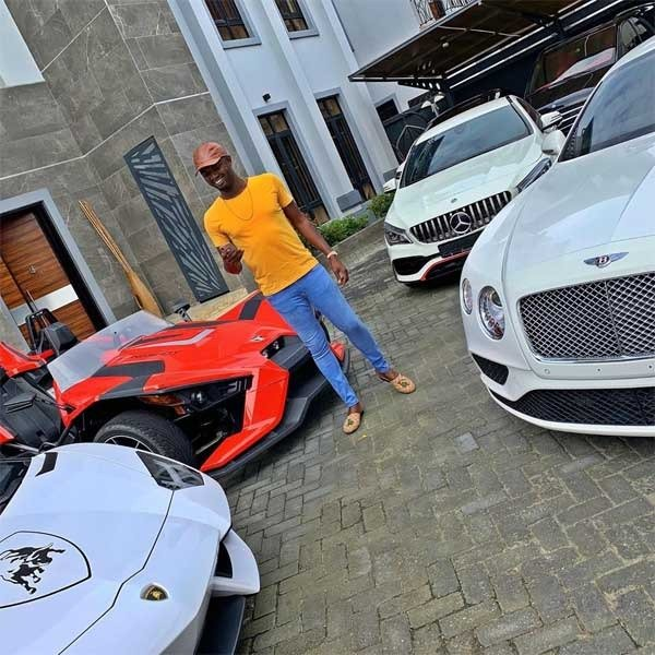 Jowi Zazaa Royce-Rolls Cullinan autojosh