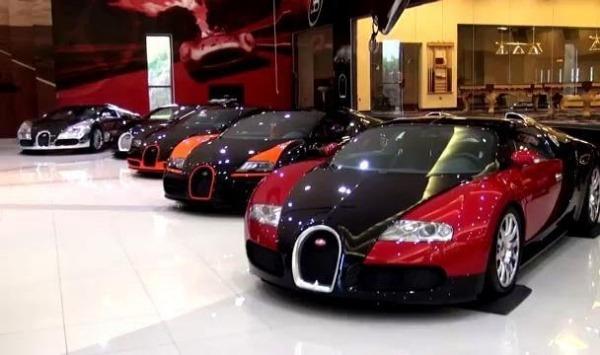 man-city-owner-sheikh-mansour-bugatti-veyrons