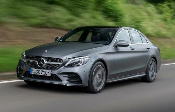 Daimler-stop-sedan-production-us-mexico-mercedes