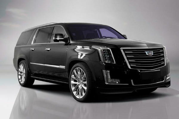 Exobilite-Cadillac-Escalade-Immersion