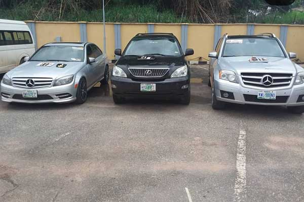 vehicles recovered by the EFCC were auctioned to the Presidential Villa