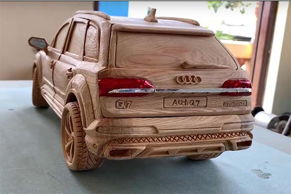Check Out This Audi Q7 Carved In Wood By Hand
