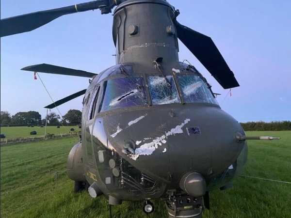 chinook-millitary-helicopter-after-hitting-power-lines