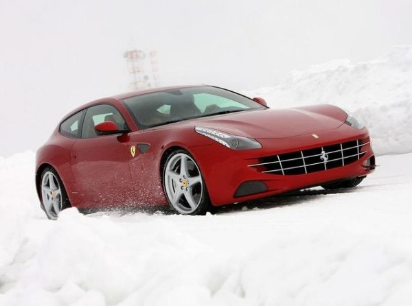 flood-water-from-london-broken-water-pipe-submerged-several-cars-including-a-ferrari-ff