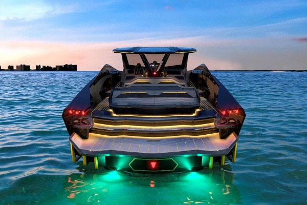 technomar-for-lamborghini-63-unveils-4000-hp-luxury-super-yacht-inspired-by-its-3m-sian-hypercar