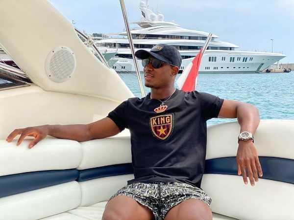 man-utd-odion-ighalo-yacht