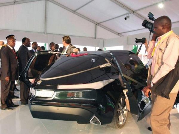 muammar-gaddafis-car-libyan-rocket