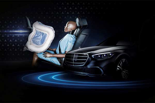 Among the numerous features are the first of its kind rear-seat airbags. Let us remind you that it's only the S-Class that has this feature which will be a plus for the brand