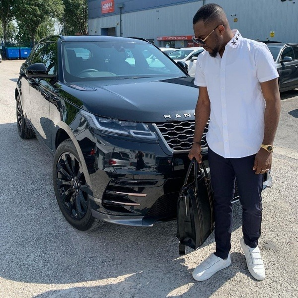 sports-agent-and-entertainment-promoter-olamide-baron-buys-brand-new-range-rover-velar