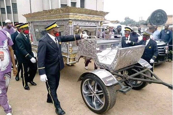 Hearse Used At The Burial Ceremony Of Billionaire Founder Of Tonimas Oil and Gas