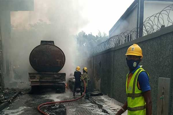 Access Bank In Lagos Caught Fire As Diesel Tanker Discharges Content