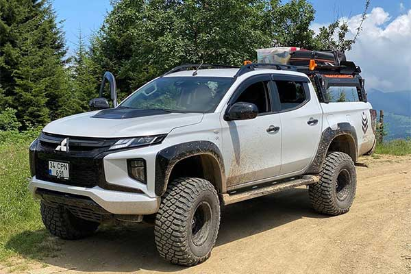 Mitsubishi L200 Looking Like A Beast In This Awesome Body kit
