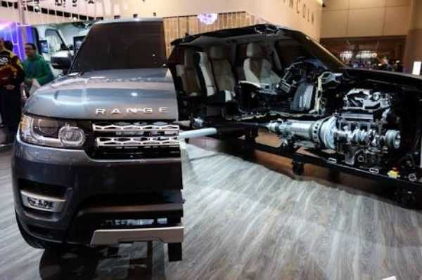 land-rover-cuts-range-rover-sport-in-half