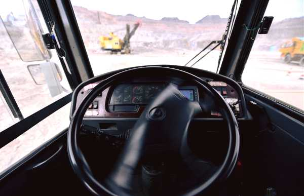 miners-in-china-work-from-home-using-5g-tech-to-control-machineries-and-vehicles