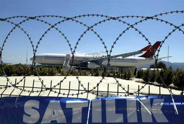 turkeys-largest-restaurant-aircraft-is-on-sale