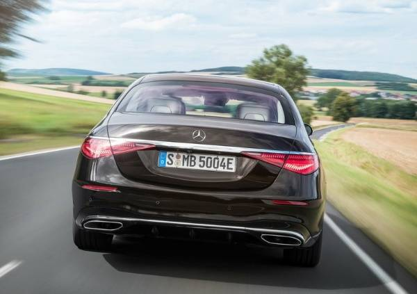 Mercedes-Benz Apologizes To Customers, Recalls 1,400 New-Gen 2021 S-Class Due To Steering Issues - autojosh