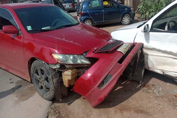 Toyota Camry Nissan Edo Police